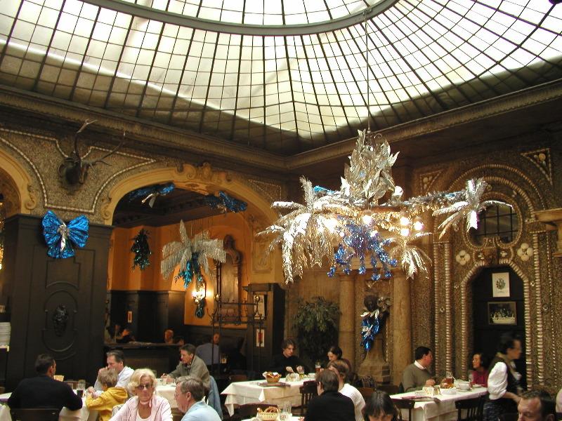 Le Vieux Montreal Restaurant