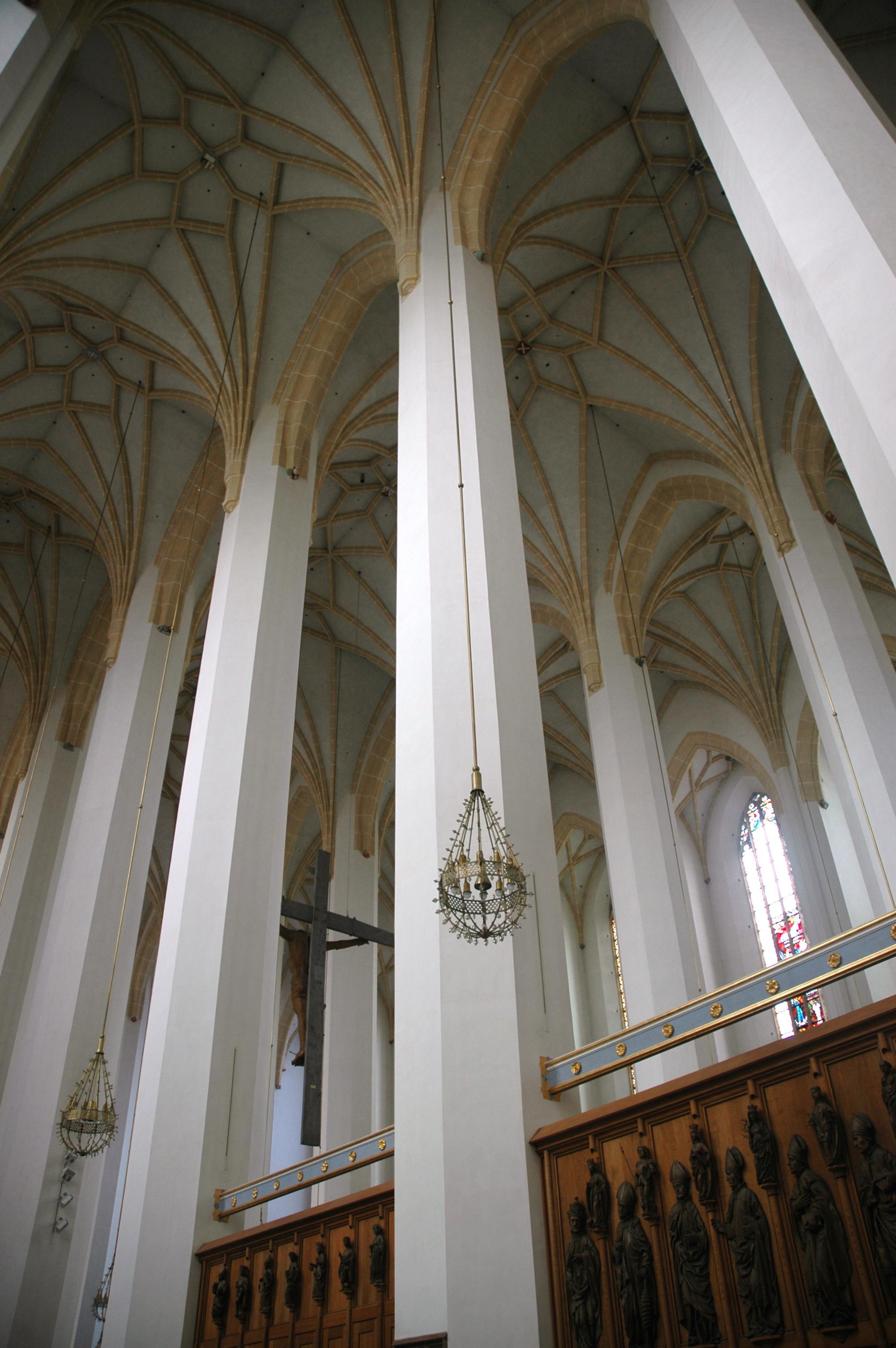 20050307 6782 frauenkirche interior
