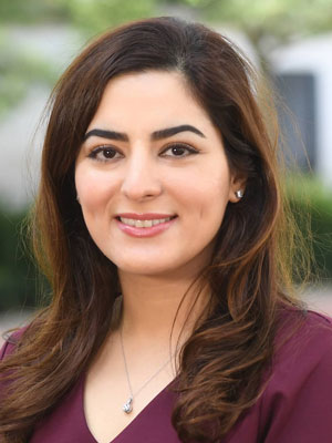 Elham Azizi Biography