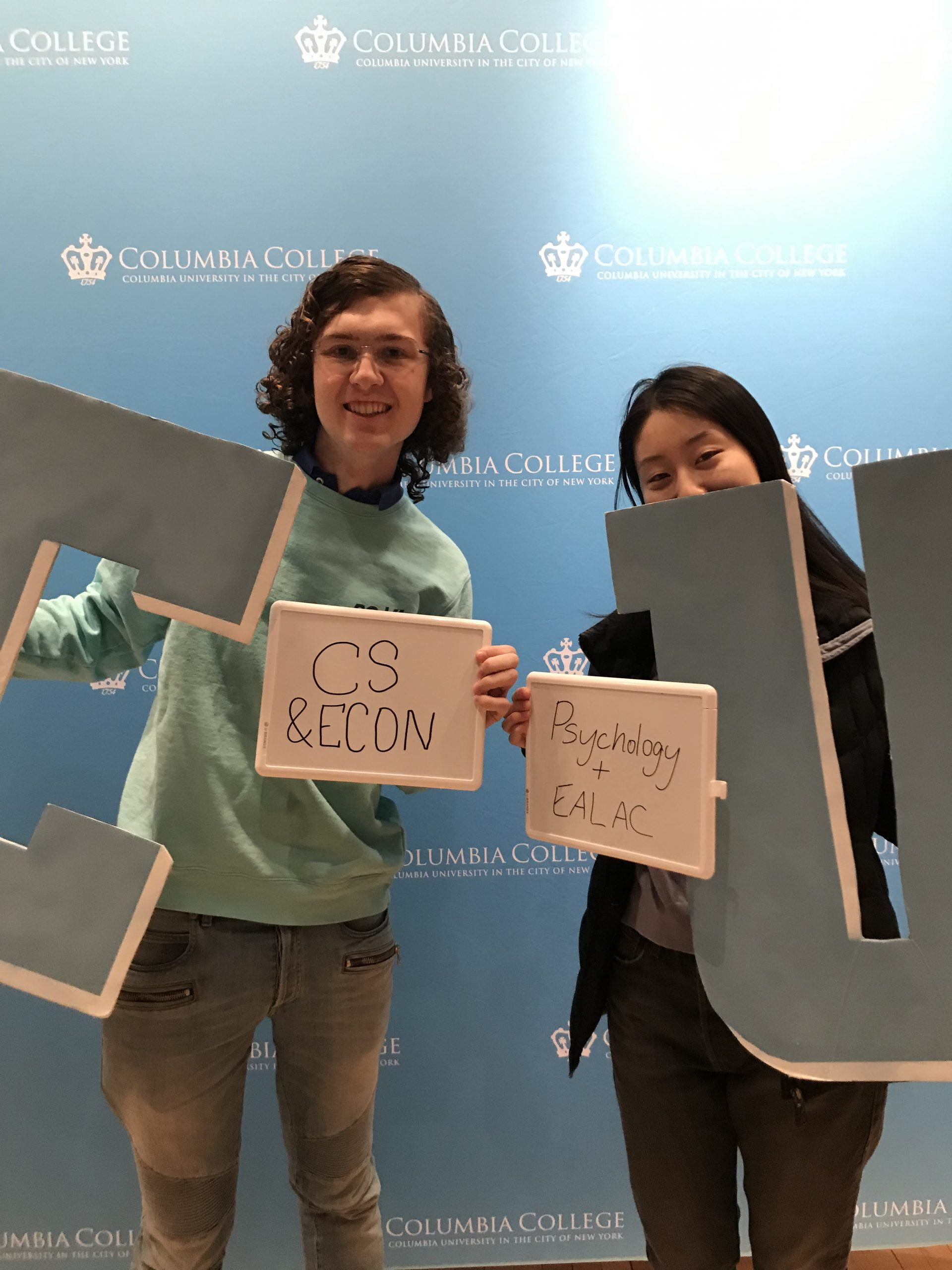 Alexander Peile and Tracy Chen declaring majors