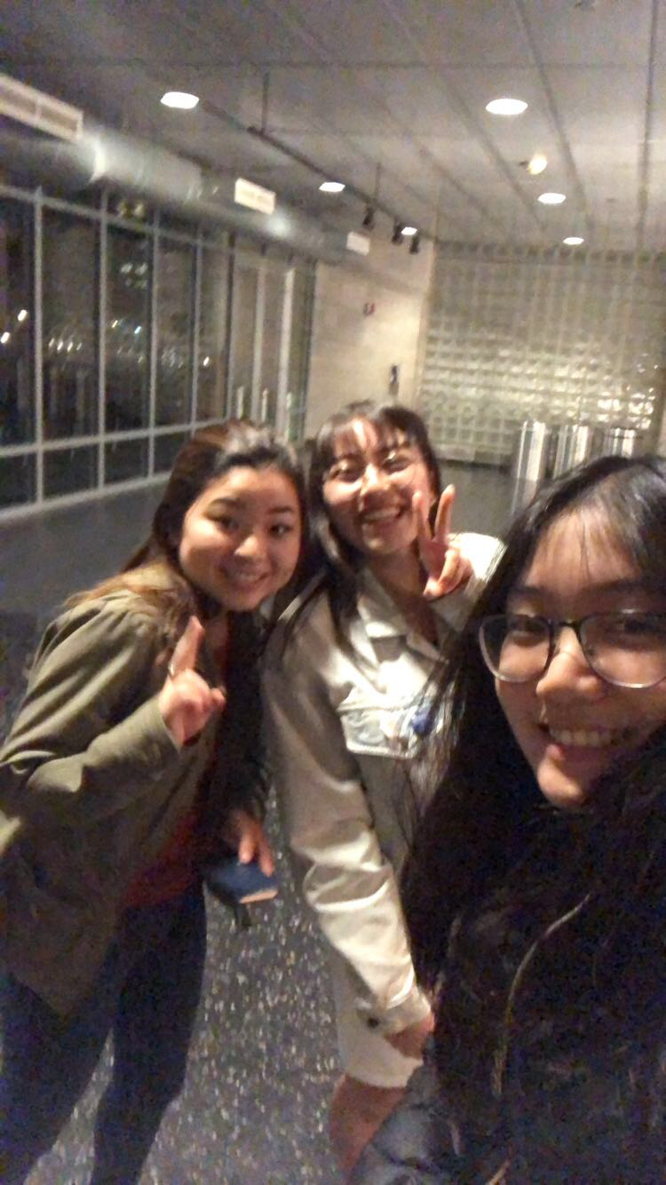 From left: Kelsey Namba, Sarah Leventhal, Serena Tam. Taken in Lerner after a whole evening of working on a lab assignment in Advanced Programming.